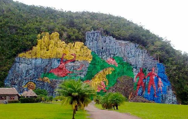 Mural de la prehistoria-Viñales